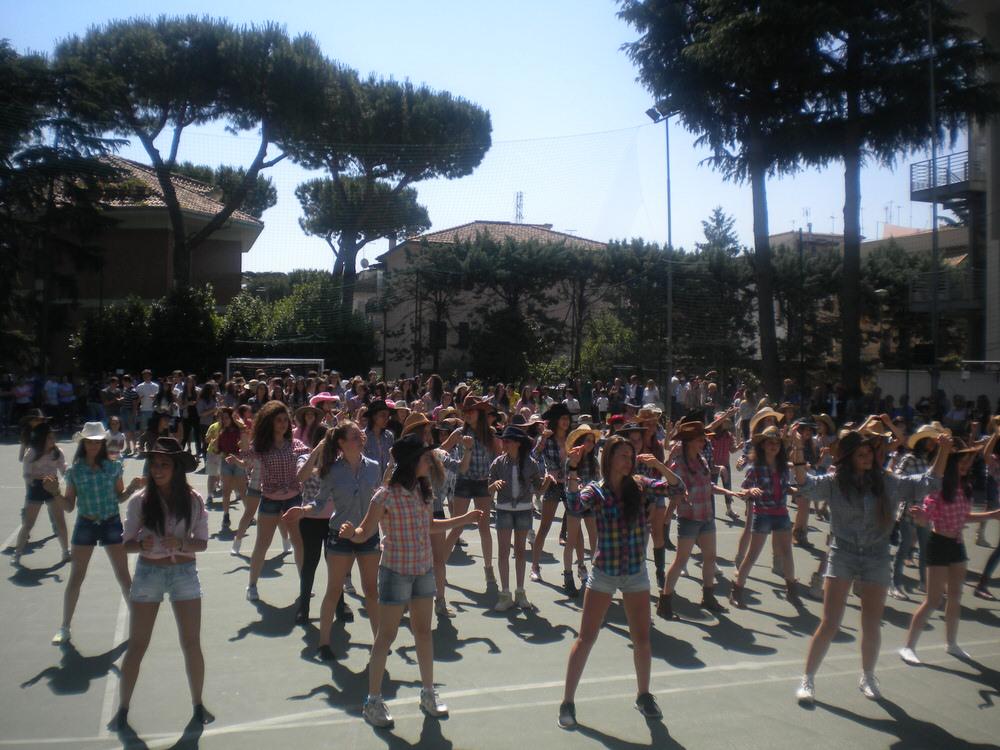 Attivit in italia delle figlie di s giuseppe for Casa di cura santa maria del pozzo